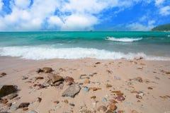 Όμορφες θάλασσα και παραλία Στοκ φωτογραφίες με δικαίωμα ελεύθερης χρήσης