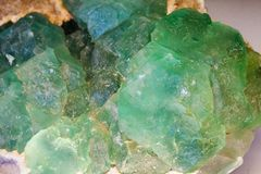 Όμορφες κρύσταλλα, μεταλλεύματα και πέτρες στοκ φωτογραφία με δικαίωμα ελεύθερης χρήσης