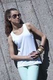 όμορφες νεολαίες γυναικών μόδας στοκ εικόνα με δικαίωμα ελεύθερης χρήσης