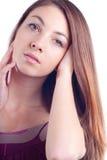 όμορφες νεολαίες γυναικών πορτρέτου γοητείας headshot Στοκ φωτογραφία με δικαίωμα ελεύθερης χρήσης
