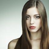 όμορφες νεολαίες γυναικών πορτρέτου μόδας στοκ φωτογραφίες με δικαίωμα ελεύθερης χρήσης