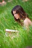 όμορφες νεολαίες γυνα&iota στοκ φωτογραφίες με δικαίωμα ελεύθερης χρήσης