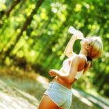 όμορφες νεολαίες δρομέ&omega Στοκ φωτογραφία με δικαίωμα ελεύθερης χρήσης