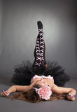 όμορφες νεολαίες κοριτσιών κοστουμιών Στοκ Φωτογραφίες
