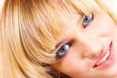 όμορφες νεολαίες κοριτσιών Στοκ φωτογραφίες με δικαίωμα ελεύθερης χρήσης