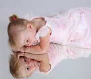 όμορφες νεολαίες κοριτ στοκ φωτογραφίες με δικαίωμα ελεύθερης χρήσης