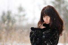 όμορφες νεολαίες πορτρέτου κοριτσιών Στοκ Φωτογραφίες
