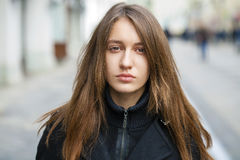 όμορφες νεολαίες γυνα&iota Στοκ φωτογραφία με δικαίωμα ελεύθερης χρήσης