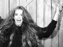 όμορφες νεολαίες κοριτσιών Στοκ Εικόνες