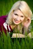 όμορφες ξανθές θερινές νε&o Στοκ εικόνα με δικαίωμα ελεύθερης χρήσης