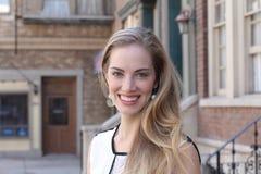 όμορφες ξανθές νεολαίες Στοκ Φωτογραφία