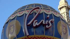 Όμορφες ξενοδοχείο και χαρτοπαικτική λέσχη του Παρισιού στο Λας Βέγκας μια ηλιόλουστη ημέρα - ΗΠΑ 2017 απόθεμα βίντεο