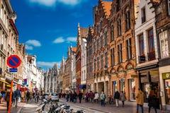Όμορφες οδοί της ιστορικής πόλης της Μπρυζ στοκ εικόνες