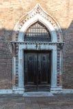 Όμορφες πόρτες στη Βενετία στο ασιατικό ύφος, Ιταλία Βενετία Στοκ εικόνες με δικαίωμα ελεύθερης χρήσης
