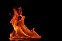 Όμορφες φλόγες πυρκαγιάς Στοκ Εικόνες
