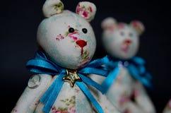 Όμορφες χειροποίητες αρκούδες Στοκ Εικόνες