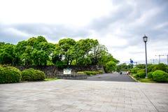 Όμορφη άποψη έξω από το αυτοκρατορικό παλάτι στο Τόκιο, Ιαπωνία στοκ φωτογραφία