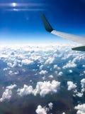 Όμορφη άποψη από το παράθυρο του αεροπλάνου στοκ φωτογραφία με δικαίωμα ελεύθερης χρήσης