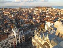"""Όμορφη άποψη εικονικής παράστασης πόλης της Βενετίας από τον πύργο """"Campanile Di SAN Marco† κουδουνιών Στοκ εικόνες με δικαίωμα ελεύθερης χρήσης"""