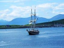Όμορφη άποψη με ένα σκάφος σε Oban Στοκ Φωτογραφίες