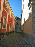 Όμορφη άποψη μιας ευρωπαϊκής πόλης μια ηλιόλουστη ημέρα στοκ εικόνες