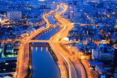 Όμορφη άποψη νύχτας της εικονικής παράστασης πόλης SaiGon, Βιετνάμ του Ho Chi Minh Στοκ εικόνα με δικαίωμα ελεύθερης χρήσης