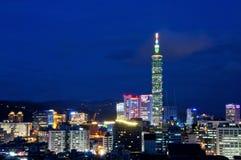 Όμορφη άποψη νύχτας της Ταϊβάν Ταϊπέι Στοκ Εικόνες