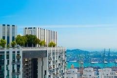 Όμορφη άποψη στεγών από τη γέφυρα ουρανού της Σιγκαπούρης στοκ φωτογραφίες