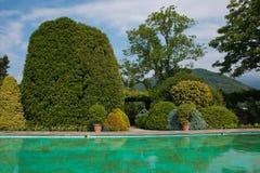Όμορφη άποψη της μεγάλης πηγής στον κήπο της βίλας Taranto, Pallanza, Ιταλία Στοκ φωτογραφία με δικαίωμα ελεύθερης χρήσης
