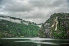Όμορφη άποψη τοπίων φιορδ της Νορβηγίας στοκ εικόνες