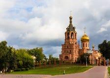 Όμορφη άποψη του καθεδρικού ναού τριάδας στην πόλη Ramenskoye, Μ στοκ φωτογραφία