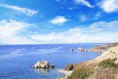 Όμορφη άποψη του τόπου γεννήσεως Aphrodite στη Κύπρο Petra TU Romiou, Stone Aphrodite Στοκ φωτογραφίες με δικαίωμα ελεύθερης χρήσης