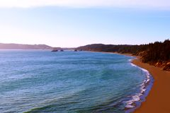 Όμορφη άποψη του Pacific Coast σε Καλιφόρνια, κράτη της Αμερικής στοκ φωτογραφίες