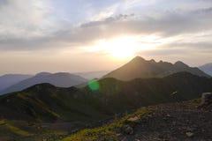 Όμορφη άποψη των βουνών Καύκασου στη Rosa Khutor, Ρωσία Στοκ Φωτογραφίες
