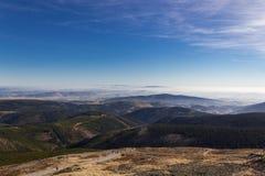 Όμορφη άποψη φθινοπώρου από τα βουνά Karkonosze Στοκ φωτογραφία με δικαίωμα ελεύθερης χρήσης