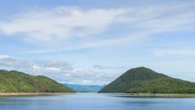 Όμορφη άποψη φύσης του φράγματος Srinakarin Στοκ Εικόνα