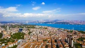 Όμορφη άποψη Bosphorus κατά την εναέρια άποψη της Ιστανμπούλ Τουρκία Στοκ Εικόνα