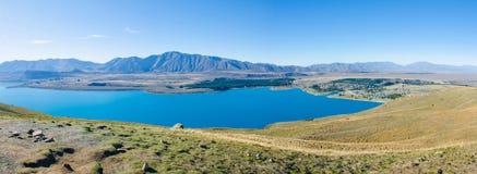 Όμορφη άποψη Tekapo λιμνών από τη σύνοδο κορυφής του υποστηρίγματος John Στοκ Εικόνες