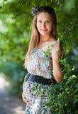 όμορφη έγκυος γυναίκα Στοκ Φωτογραφίες