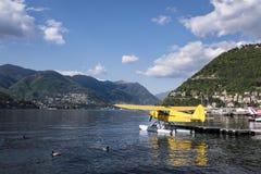 Όμορφη λίμνη Como και υδροπλάνο Στοκ φωτογραφίες με δικαίωμα ελεύθερης χρήσης