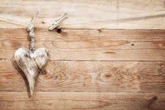 Όμορφη αγροτική ξύλινη καρδιά στοκ εικόνες με δικαίωμα ελεύθερης χρήσης