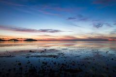 Όμορφη ανατολή στην παραλία, Ταϊλάνδη Στοκ Εικόνα