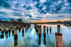 Όμορφη ανατολή στον πόλο κατασκευής abandone Στοκ Εικόνες
