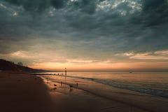 Όμορφη ανατολή στην παραλία της Κορνουάλλης Στοκ Εικόνες
