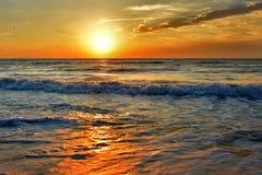Όμορφη ανατολή στη Μαύρη Θάλασσα - τη Ρουμανία Στοκ εικόνες με δικαίωμα ελεύθερης χρήσης