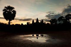 Όμορφη ανατολή στο ναό Angkor Wat Στοκ εικόνες με δικαίωμα ελεύθερης χρήσης