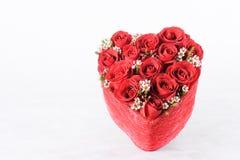 Όμορφη ανθοδέσμη με τα κόκκινα τριαντάφυλλα Στοκ εικόνα με δικαίωμα ελεύθερης χρήσης