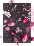 Όμορφη ανθοδέσμη των λουλουδιών στο βάζο που απομονώνεται στοκ φωτογραφία με δικαίωμα ελεύθερης χρήσης