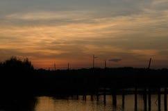 όμορφη απεικόνισης λιβαδιών ηλιόλουστη ανατολή άνοιξη φύσης θετική Στοκ Εικόνες