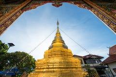 Όμορφη αρχαία παγόδα σε Wat Mahawan Στοκ φωτογραφίες με δικαίωμα ελεύθερης χρήσης